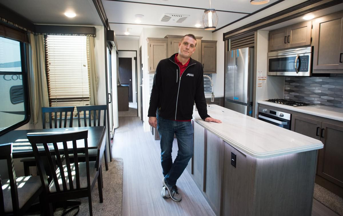 Yes, you can live in an RV during a Canadian winter. But it isn't easy