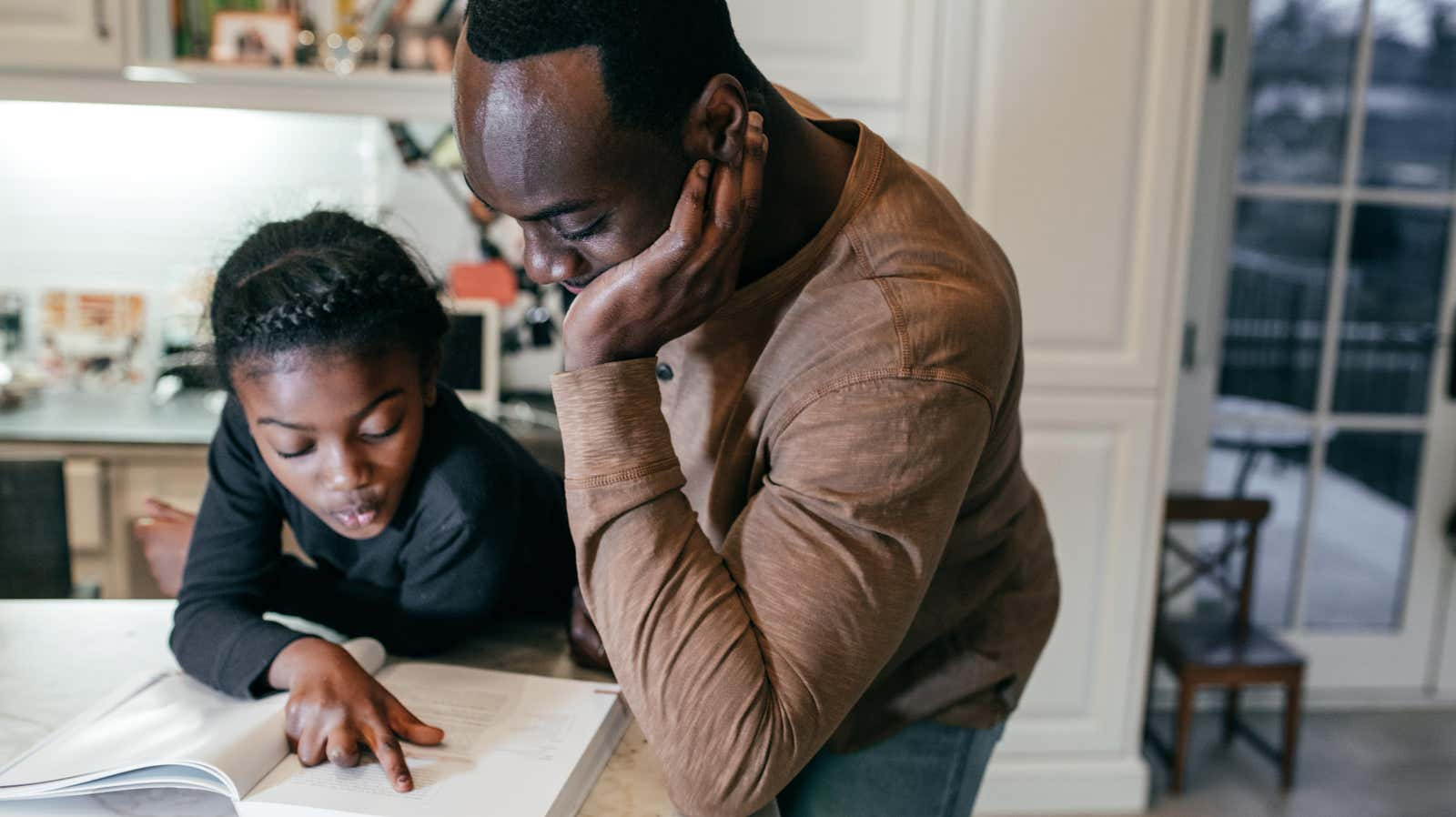 How to 'Mindfully Meddle' as a Parent