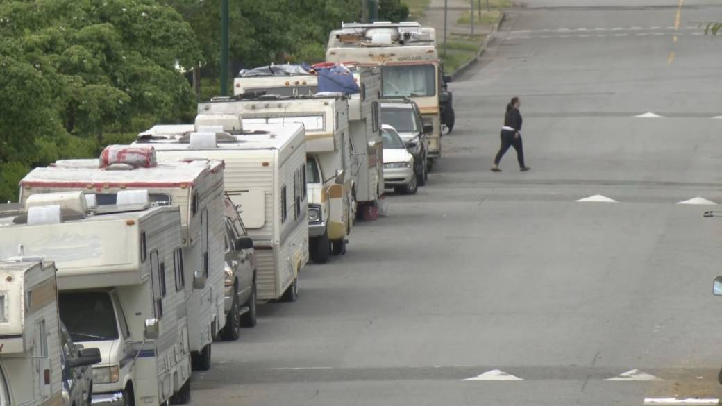 Dozens living in RV campers told to vacate Vancouver streets